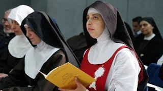 Giáo Hội Năm Châu 21/05/2018: Các nữ tu dòng kín thời Internet