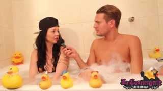 Video Vanessa (Secret Story 9) dans le bain de Jeremstar - INTERVIEW MP3, 3GP, MP4, WEBM, AVI, FLV Oktober 2017