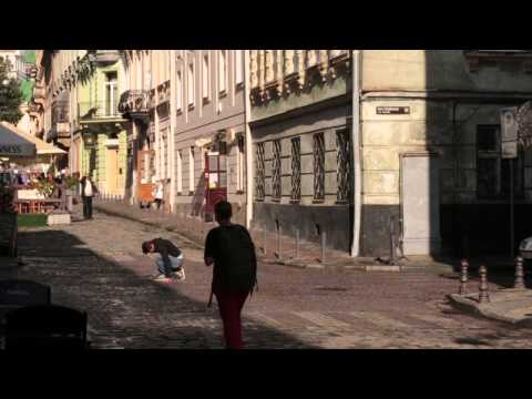 Людині погано / Україна, Львів (за мотивами Russia vs. USA Experiment)