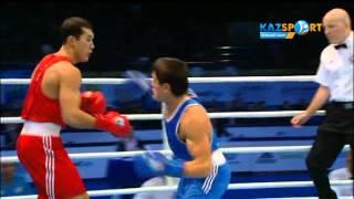 The world boxing championship. Adilbek Niyazymbetov (81 kg) against Oubek Mamazulunov