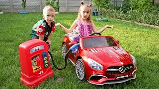 Kids Melissa and Arthur ride on power wheels / The car ran out of petrol Arthur helps the Girl
