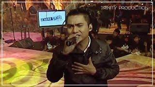 Video NaFF - Sampai Kapan (Live Acoustic) MP3, 3GP, MP4, WEBM, AVI, FLV Mei 2019
