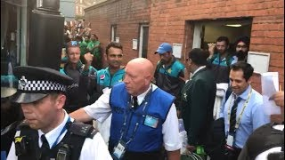 Champion Pakistan Team get huge support as they leave The Oval Cricket Ground after defeating India