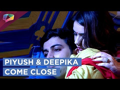 Piyush And Deepika Come Close | Dhai Kilo Prem