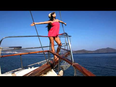 Romanian house music 2011 mix for Romanian house music