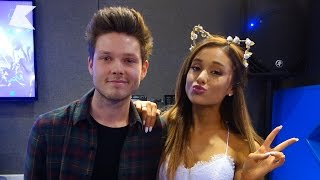 Video Ariana Grande talks family Christmas celebrations Part 2 | KISS FM (UK) MP3, 3GP, MP4, WEBM, AVI, FLV Oktober 2018