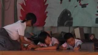 広島原爆の日、児童ら「はだしのゲン」熱演