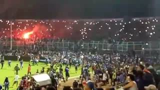 Video Aksi Damai AREMA VS PERSIB di Kanjuruhan 11 Desember 2016 MP3, 3GP, MP4, WEBM, AVI, FLV September 2018