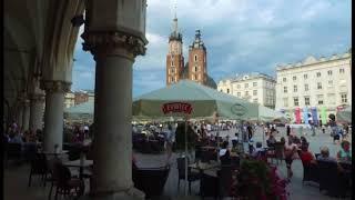 Wieczór na Rynku w Krakowie