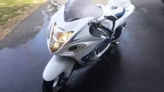 6. 2009 Suzuki Hayabusa 1340cc. GSX. special edition.