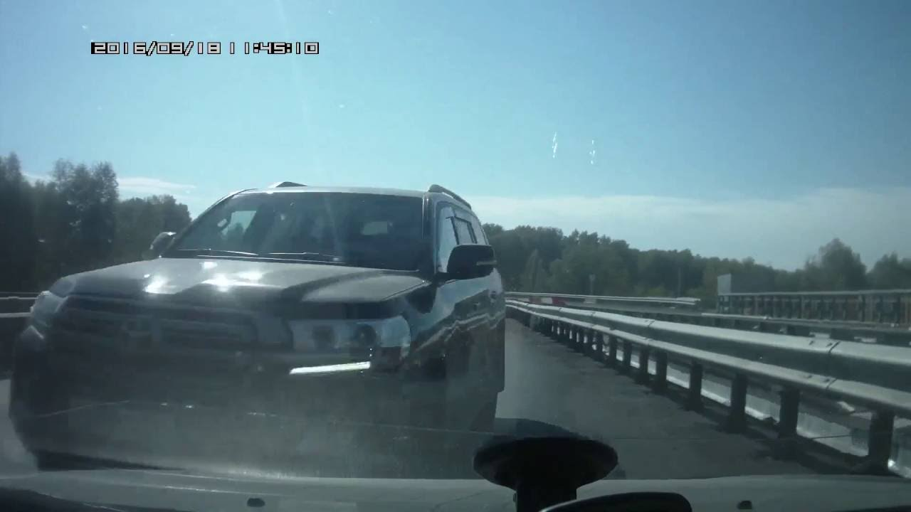 �������� ��� � Toyota Land Cruiser ��� �����