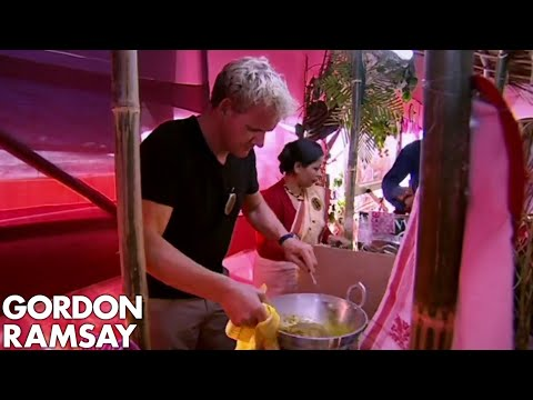 Gordon Ramsay Enters A Curry Cooking Competition | Gordon's Great Escape