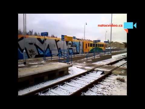 Nový nátěr RegioNovy na kolejích aneb řadění vandalu