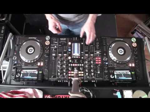 DJ Lesson Mobile DJ Mixing Techniques..1