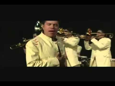 Comparame - La Arrolladora Banda el Limon (Video)
