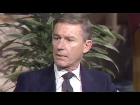 Roddy McDowall talks about Elizabeth Taylor, Robert Wagner, Cary Grant and many others.
