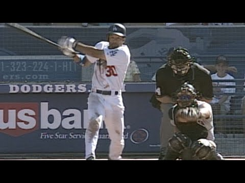 Video: Roberts legs out a clutch RBI triple