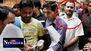 Rahul Gandhi EXCHANGES Rs 4000 From SBI Bank: The Newshour Debate (11th Nov)