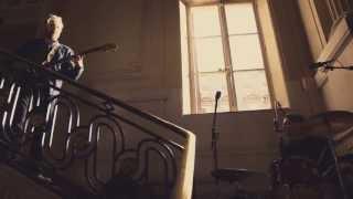 "Franz Ferdinand ""Love Illumination"" : Converse EMPTY SPACE #2"