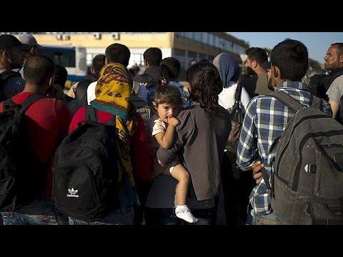 Στον Πειραιά το «Ελευθέριος Βενιζέλος» με 2.500 μετανάστες από Σάμο και Μυτιλήνη