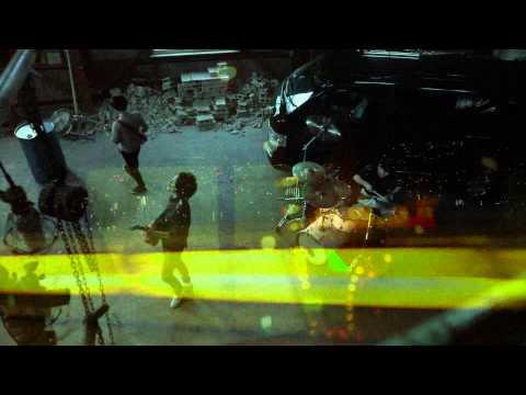, title : 'ハイエースの車窓から/ バズマザーズ'