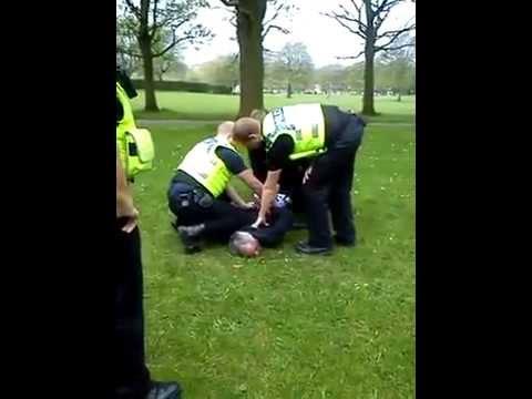 hyde park leeds police brutality april 2014