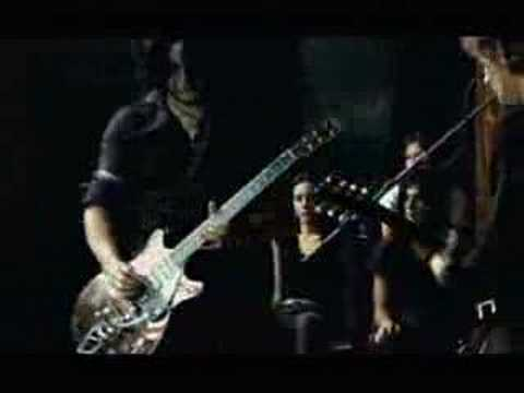 level - The live version of the video - Jack White is one MOTHER of a guitar player.