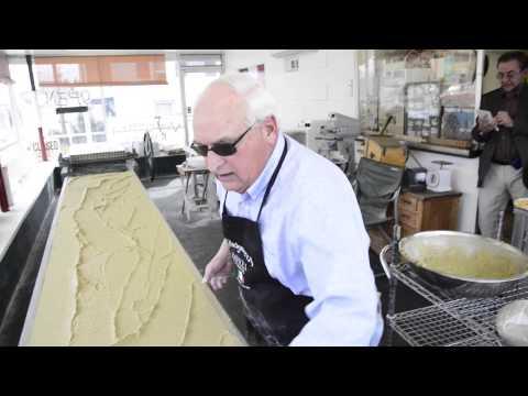 Producing ravioli on antique machines