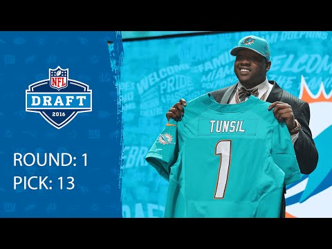 WATCH: Dolphins Select Controversial LT Laremy Tunsil!