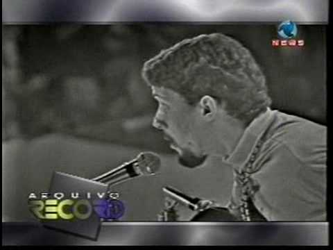 "Gonzaguinha - ""Moleque"" (TV Record 1973)"