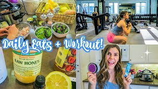 spend the day with me!! food, a haul, and a little workout :) xx Cambriainstagram @cambriajoy  twitter @breelovesbeauty  weekly fitness, recipe ideas, and inspiration sent straight to your inbox! http://www.cambriajoyexclusives.com/signup/Palm Tree SWELL water bottle http://rstyle.me/n/cn5tn9bv7mpMultivitamin https://iherb.co/2wEBR9SyGoji Berries https://iherb.co/2Ui2zS93Primal Kitchen Mayo https://iherb.co/31FWqKteTurmeric Golden Tea https://iherb.co/E1nnycBCoconut Cashew Protein Bars https://iherb.co/5uEw6pG7Cacao Nibs https://iherb.co/3KyHeeu1Cocoa Powder https://iherb.co/2gQRGU9hFig Apricot Body Butter https://iherb.co/3ezhTdEALemon Essential Oil https://www.mydoterra.com/cambriajoy/#/thank you so much for watching I hope you enjoyed!! :)