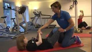 TV SPOT besøger Møllebakkens Fysioterapi og får et indblik i livet som Fysioterapeut. Her følger vi Fysioterapeuten Mette, når...