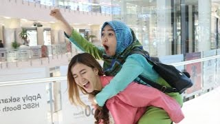 Video SKSD SAMA SEMUA ORANG DI MALL - Ria Ricis Vlog MP3, 3GP, MP4, WEBM, AVI, FLV April 2019