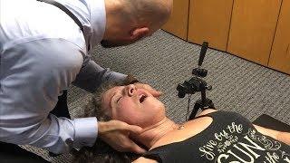 Video Neck EXPLOSION ~ First Time Chiropractic Adjustment Neck & Shoulder Pain, Hips & Back. MP3, 3GP, MP4, WEBM, AVI, FLV Maret 2019