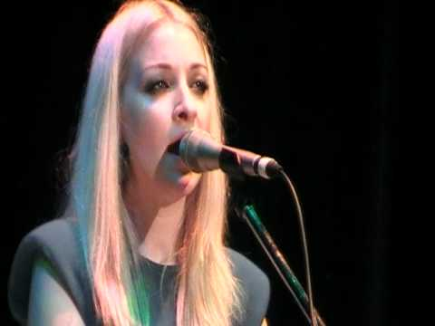 Kate Miller-Heidke - Nightflight - Pomona - 010412