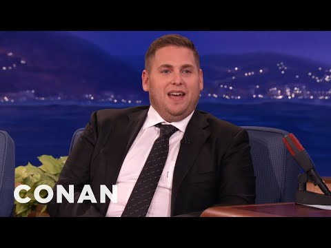 Did Jonah Hill really put a live Goldfish in his mouth?