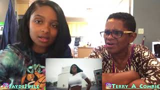 Video Azealia Banks - Anna Wintour Video Reaction w Moms #RealReaction MP3, 3GP, MP4, WEBM, AVI, FLV Mei 2018