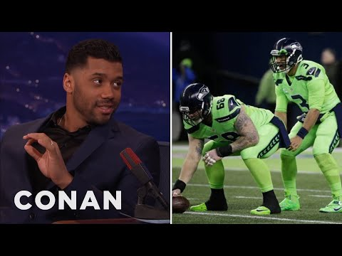 Russell Wilson On The Seahawks' New Uniforms  - CONAN on TBS (видео)