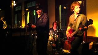 Download Lagu Paul Reddick and the Sidemen ... King O' the Zig Zag.MOV Mp3