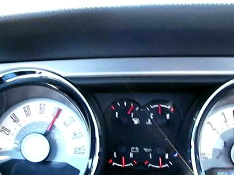 0 to 100 m.p.h. 2011 Mustang V-6 Automatic 3.31 rear gear ratio.