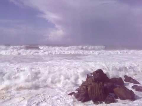 marés vivas na praia de santa cruz torres vedras outubro de 2010