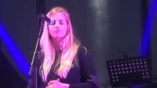 Download Lagu London Grammar - Nightcall - Live @ We Love Green Festival Paris - 31 05 2014 Mp3