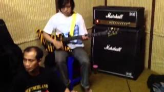Imanissimo vs Rampak Kendang Sunda Video