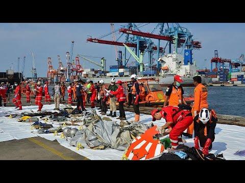 Ινδονησία: Δεν περιμένουν να βρουν επιζώντες από τη συντριβή του αεροσκάφους…
