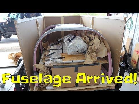 RV-10 Wings/Fuselage - 059 - Mistake, Tank Leak, Flap Prep, Fuselage Delivery!