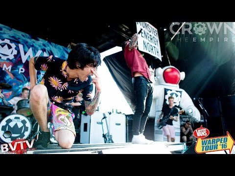 "Crown The Empire - ""Hologram"" LIVE! @ Warped Tour 2016"