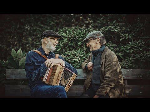 """Fortæller Jens Peter Madsen fortæller sin egen historie fra forestillingen """"Simonfortællinger"""" 2012 / genopsat august 2014"""