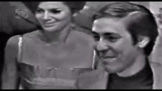 """Em 1967, na 3ª edição do Festival da MPB (TV Record), Blota Júnior anunciava a canção vencedora do festival, """"Ponteio"""" (música de Edu Lobo/Capinam), interpretada por Edu Lobo e Marília Medalha.A canção """"Domingo no Parque"""", defendida por Gilberto Gil e Os Mutantesderrotou ficou com o segundo lugar."""