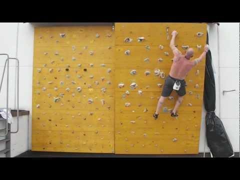 parete artificiale arrampicata.