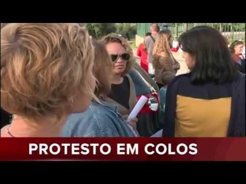 350 ALUNOS E ENCARREGADOS DE EDUCAÇÃO EM PROTESTO EM COLOS/ODEMIRA
